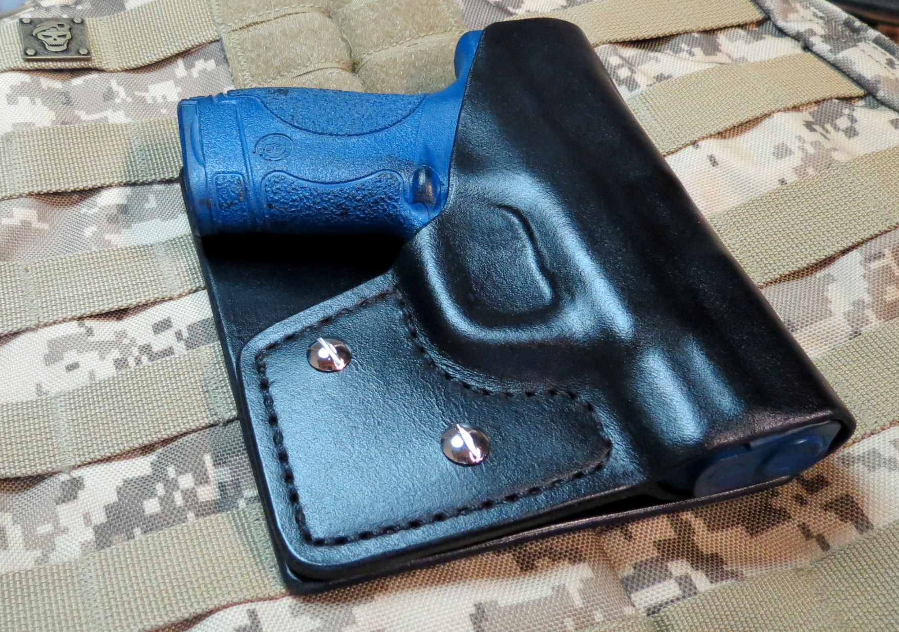 S&W, M&P Shield 9mm Leather Pocket/Cargo Pants Holster